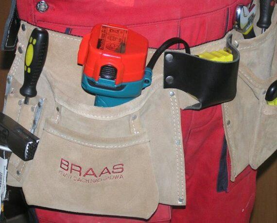 Pas dekarski N-126 z logo BRAAS